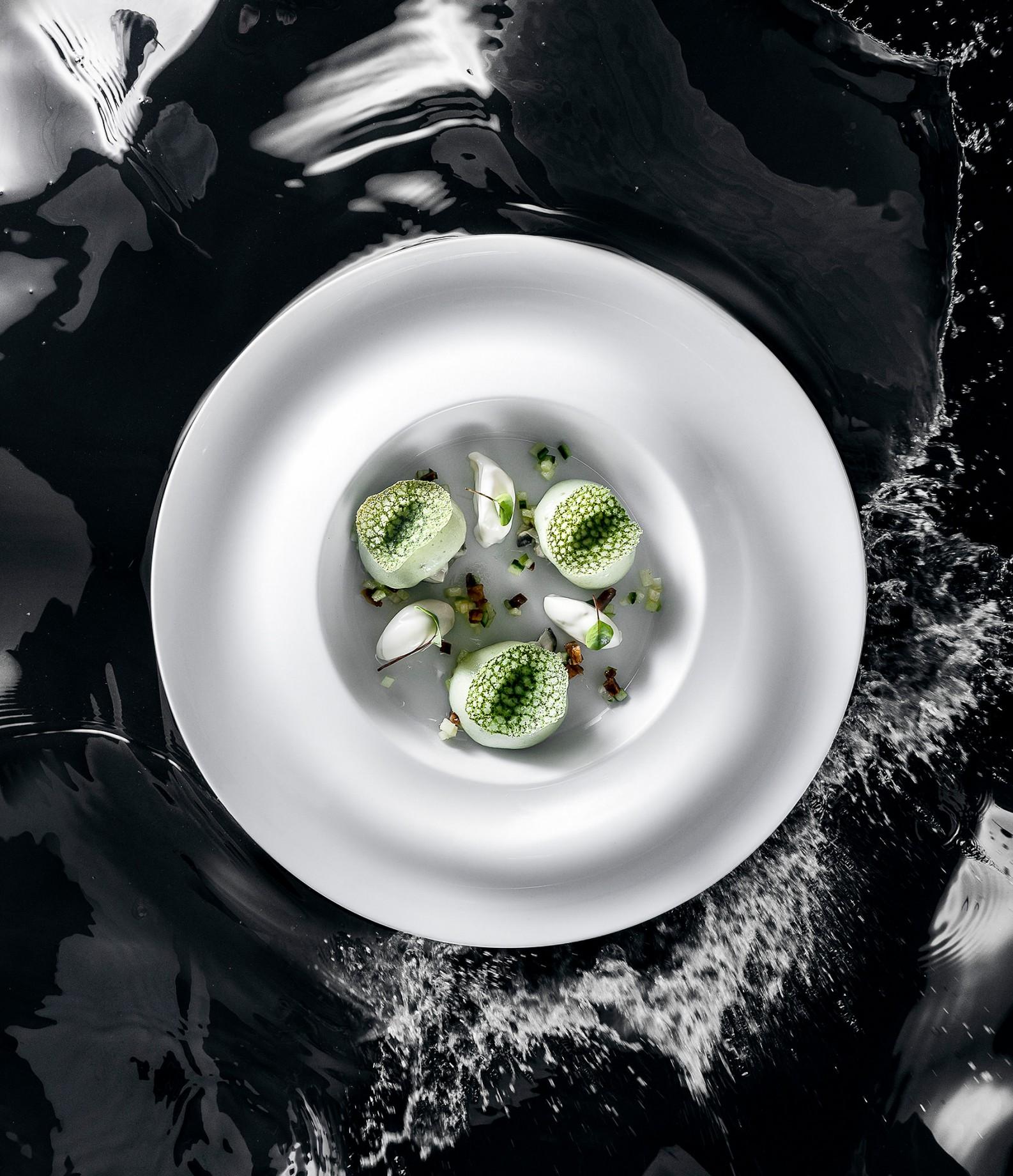 4_Caviar_Petrossian_huitres