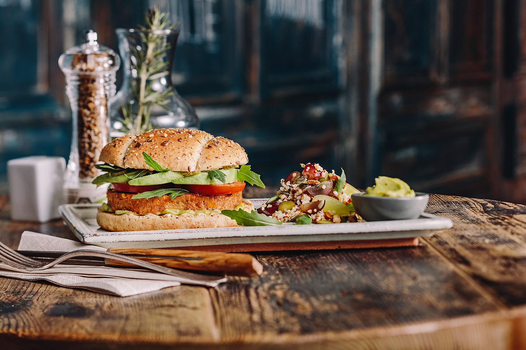 Harrys-burger-vegan-steak-soja-048